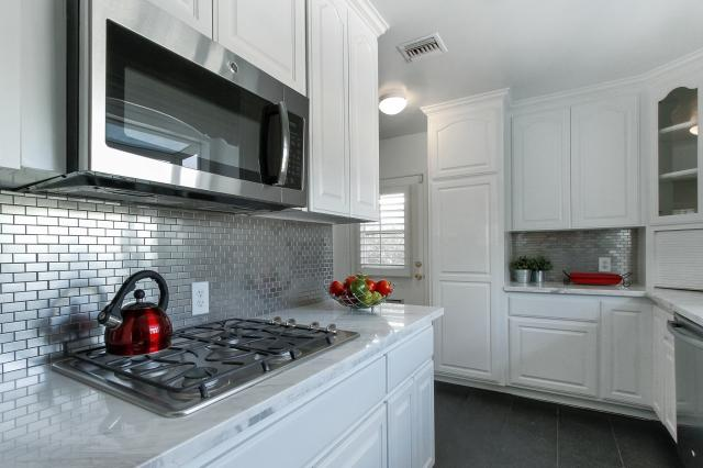 Image of: stainless steel penny tile backsplash