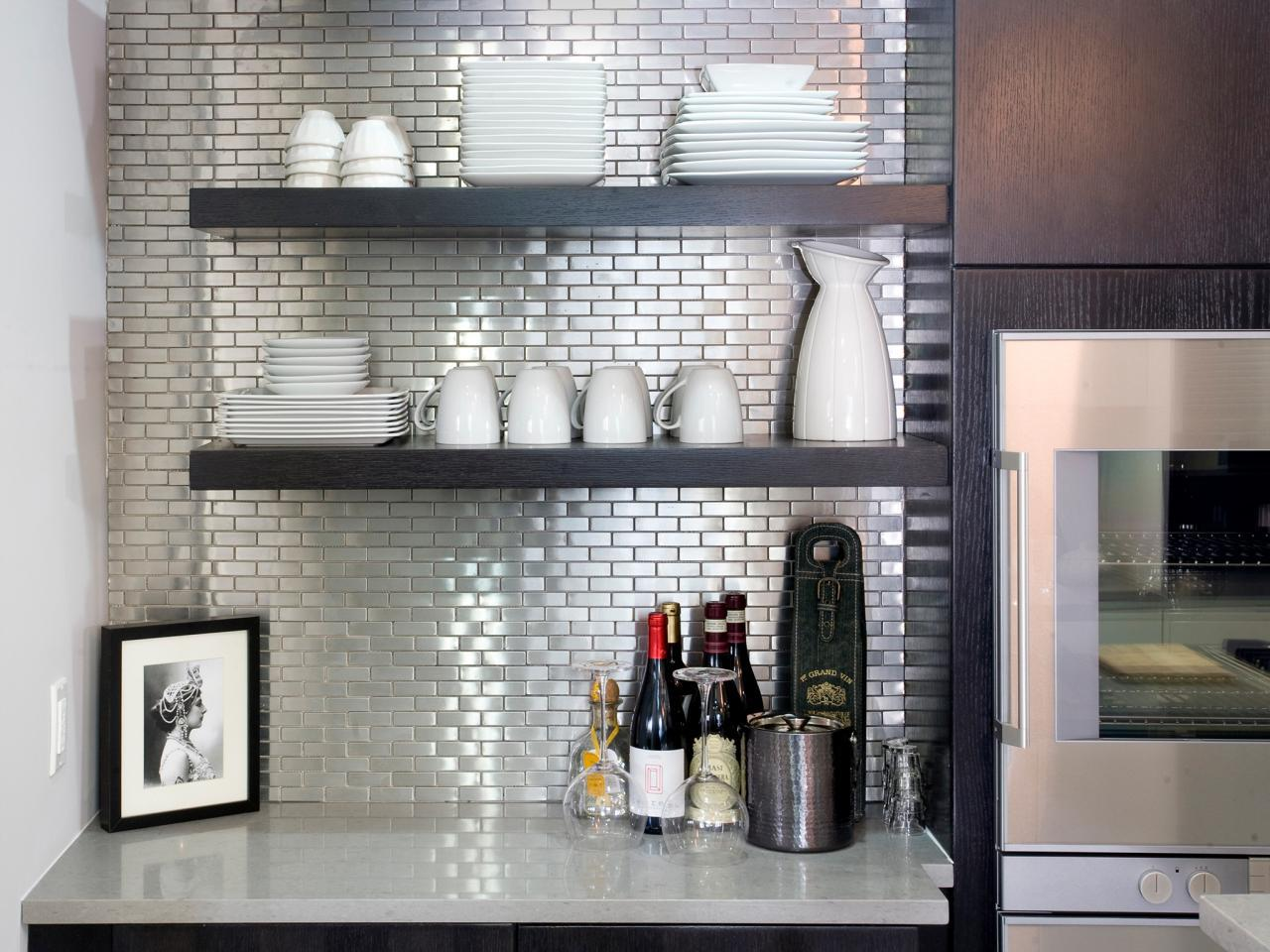 Image of: Modern Stainless Steel Tile Backsplash Ideas