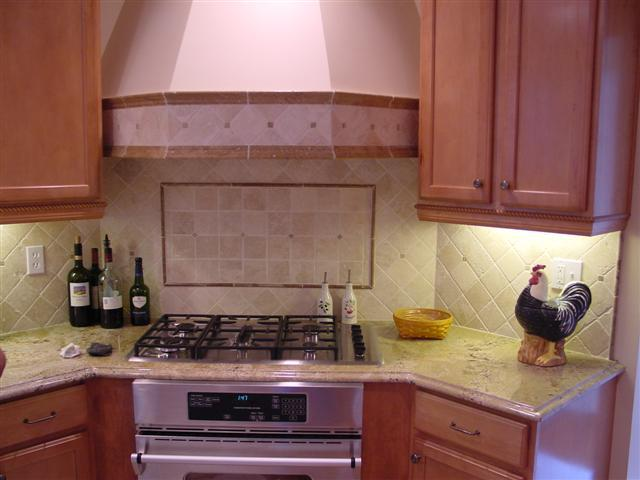 Image of: Kitchen with Backsplash Tile Ideas