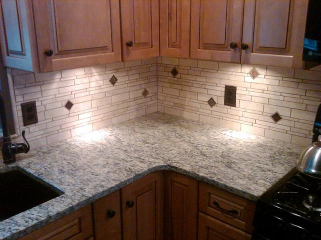 Image of: Decorative Travertine Tile Backsplash Ideas