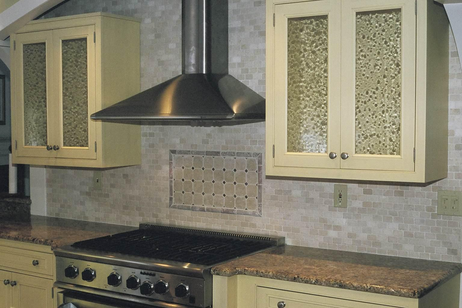 Image of: tumbled stone backsplash antique