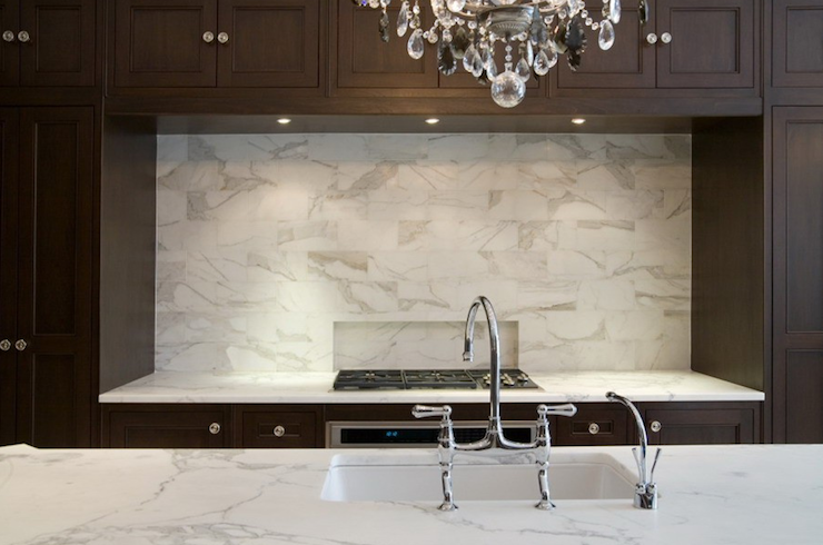 Image of: Elegant Ideas White Marble Backsplash