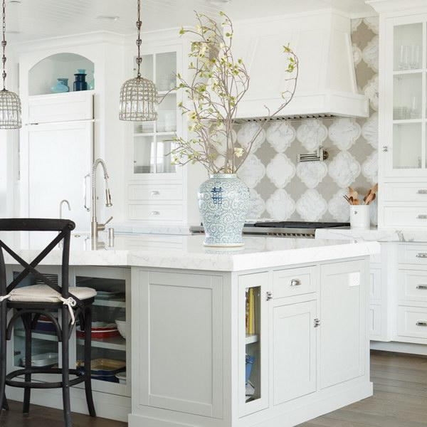 Image of: white quatrefoil backsplash