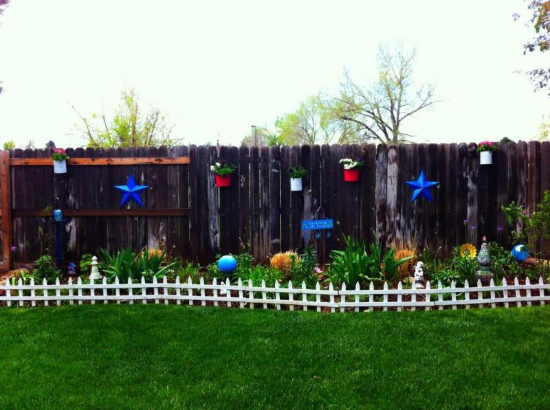Image of: Decorative Garden Fencing Ideas Low Height