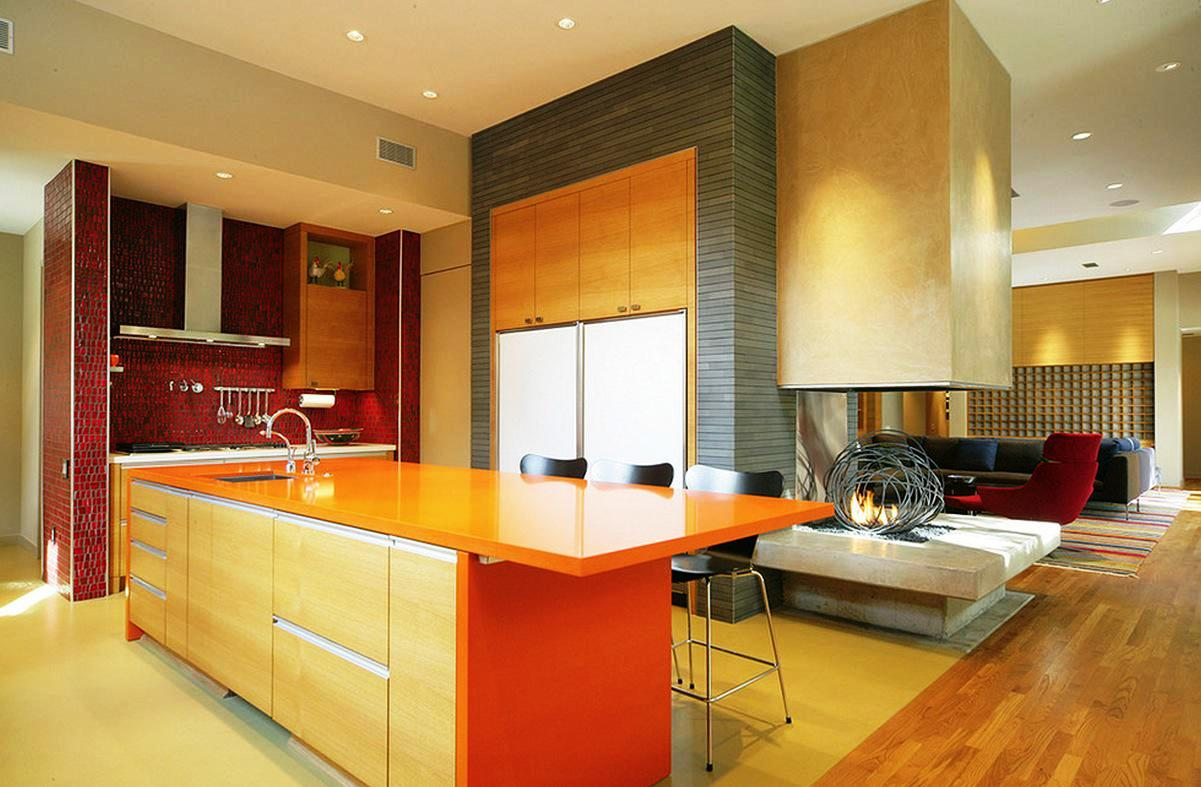 Image of: Dark Kitchen Cabinets With Light Countertops