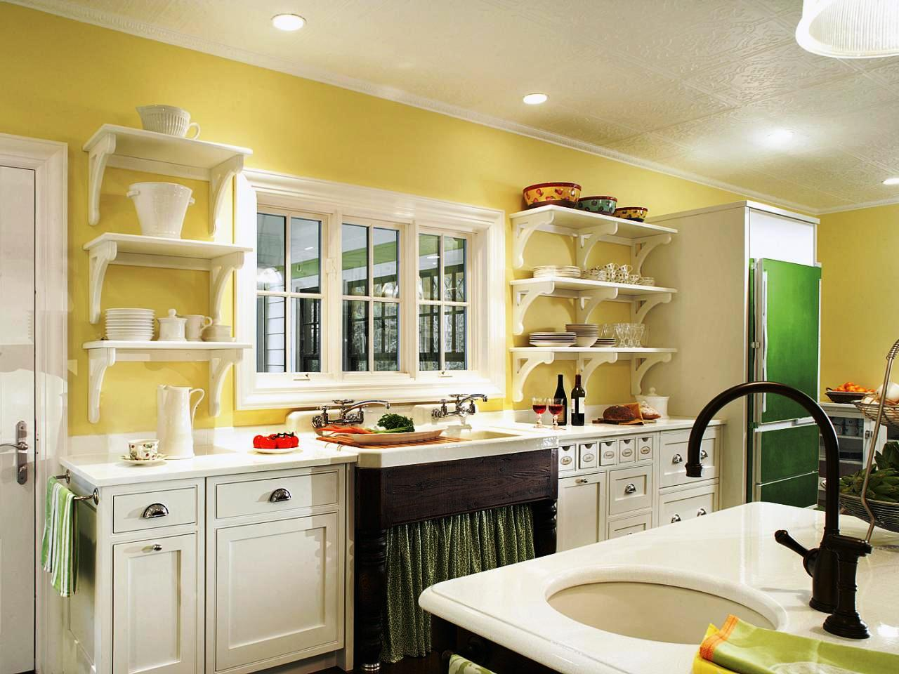 Image of: Kitchen Paint Colors With Maple Cabinets