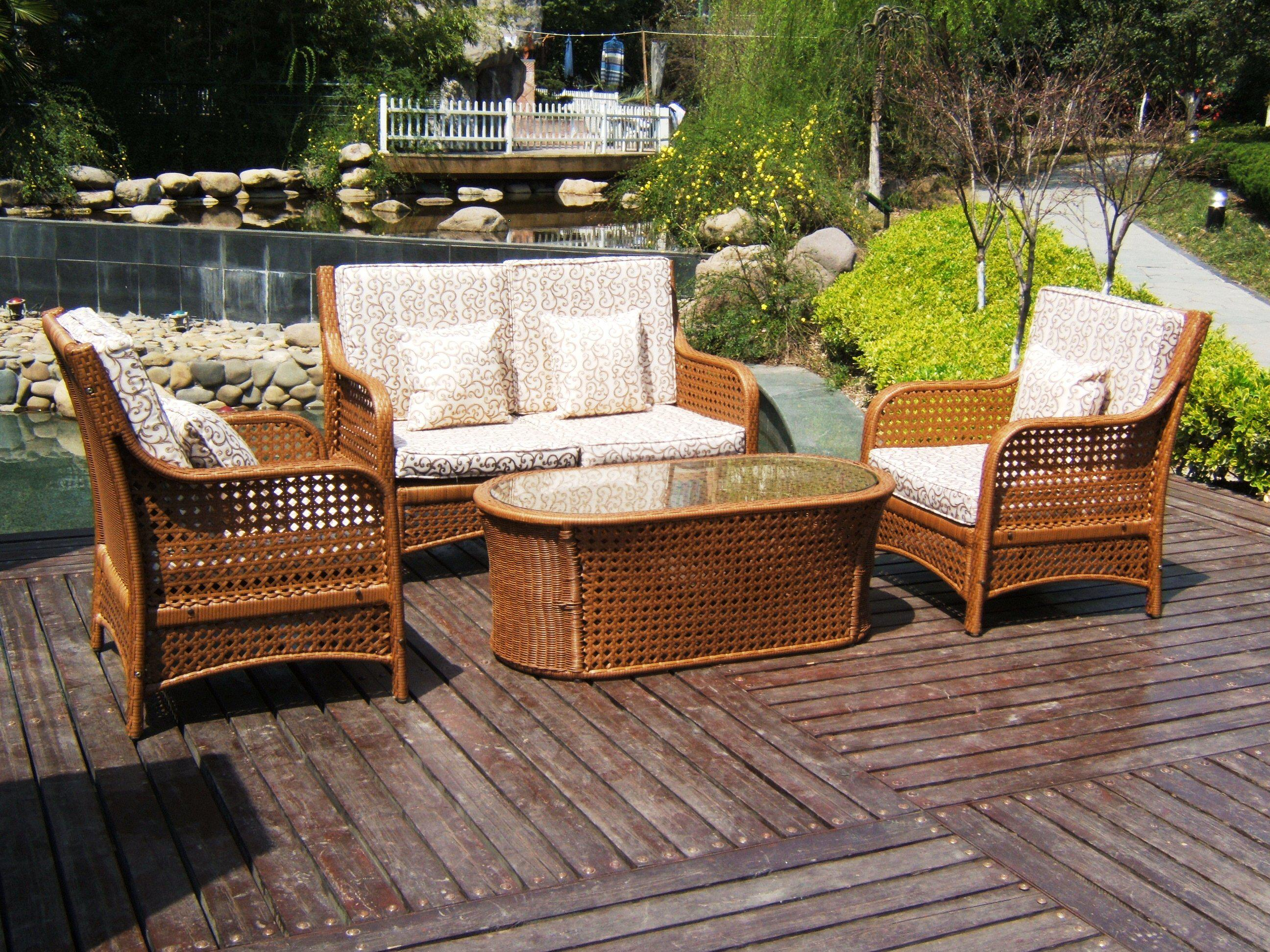 Image of: Lowes Patio Furniture Clearance