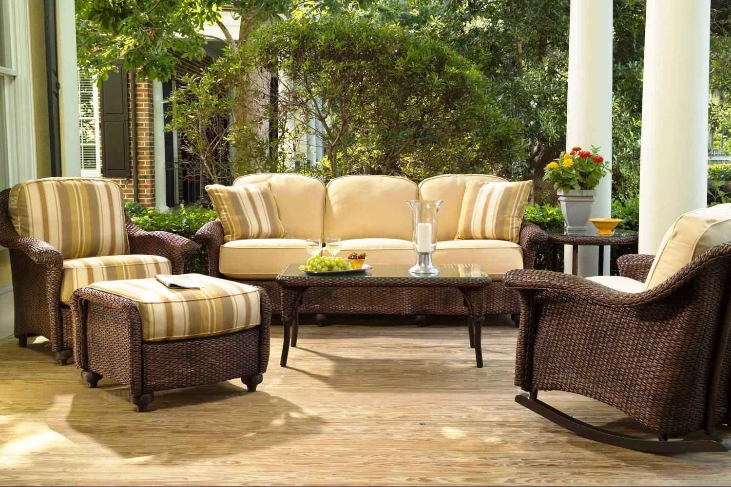 Image of: Patio Furniture Lowes