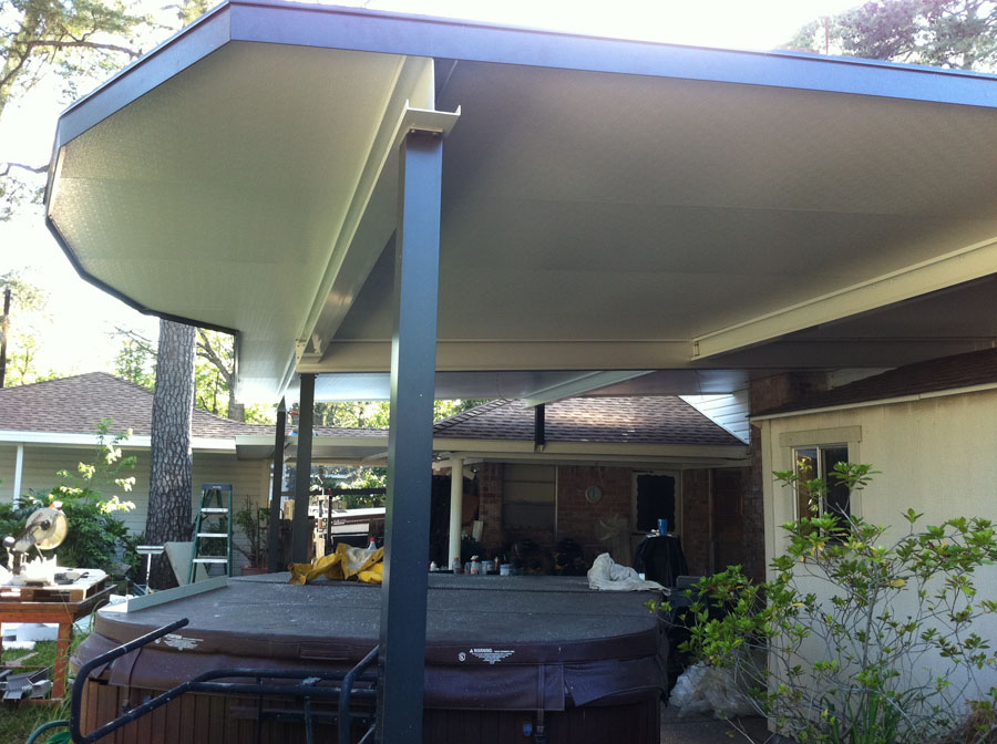 Image of: Aluminum Patio Deck Roof Designs Ideas