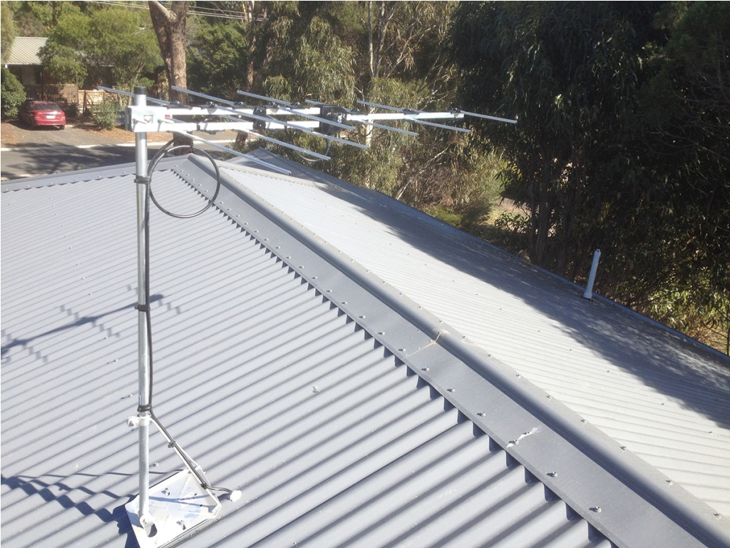 Image of: Antenna Roof Mount Pictures