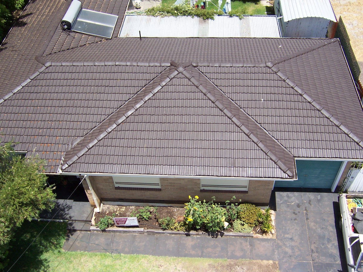 Image of: Asbestos Roof House