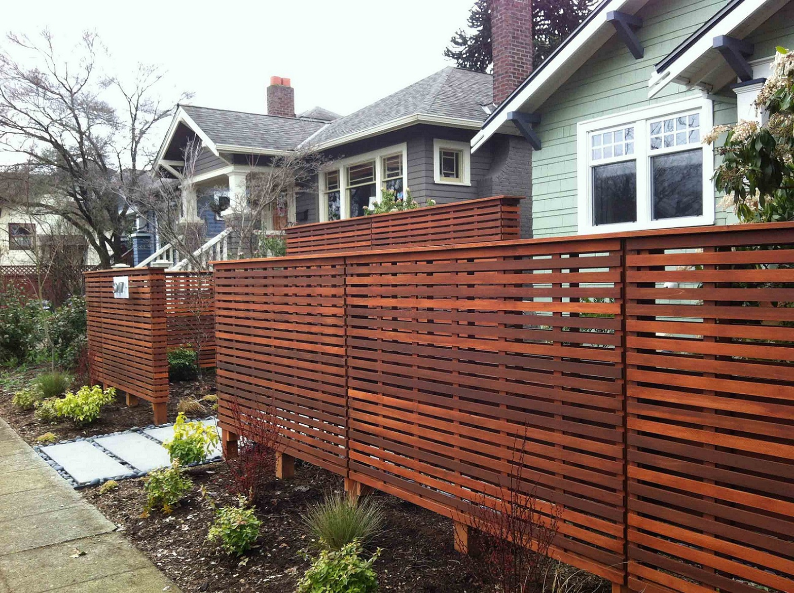 Image of: Awesome Pallet Fence
