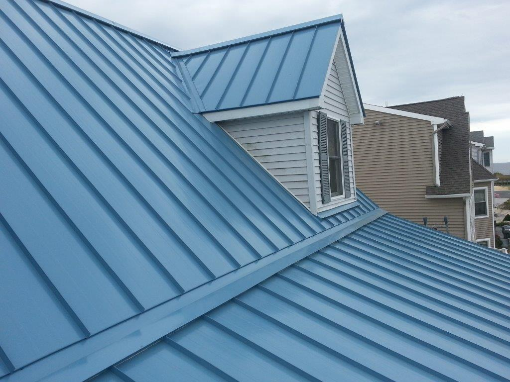 Image of: Blue Aluminum Roofing
