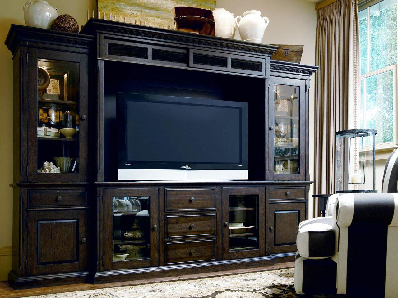 Image of: Diy Wall Mounted Entertainment Center