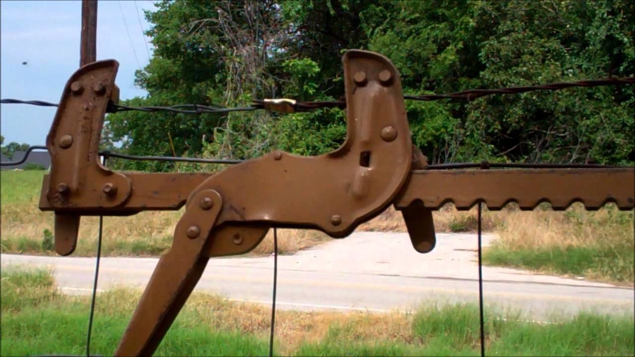 Image of: Fence Stretcher Ideas