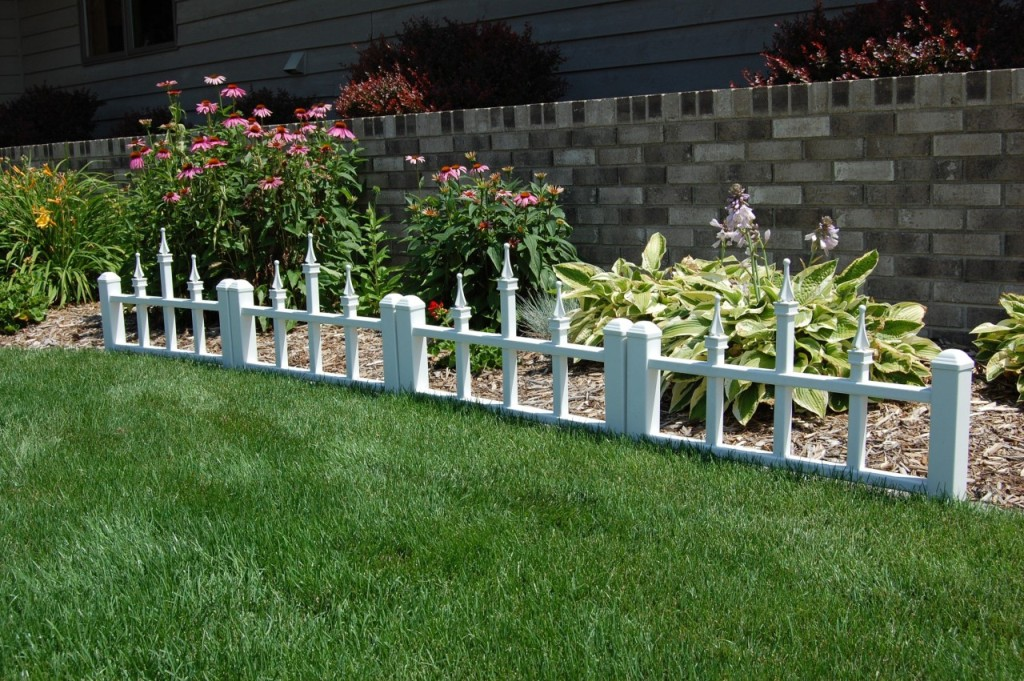 Image of: Garden Border Fence Metal