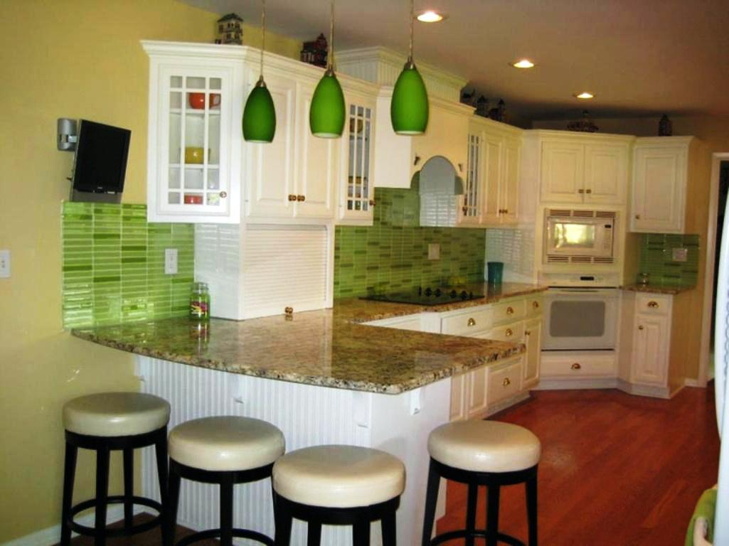 Image of: Green And White Kitchen Ideas