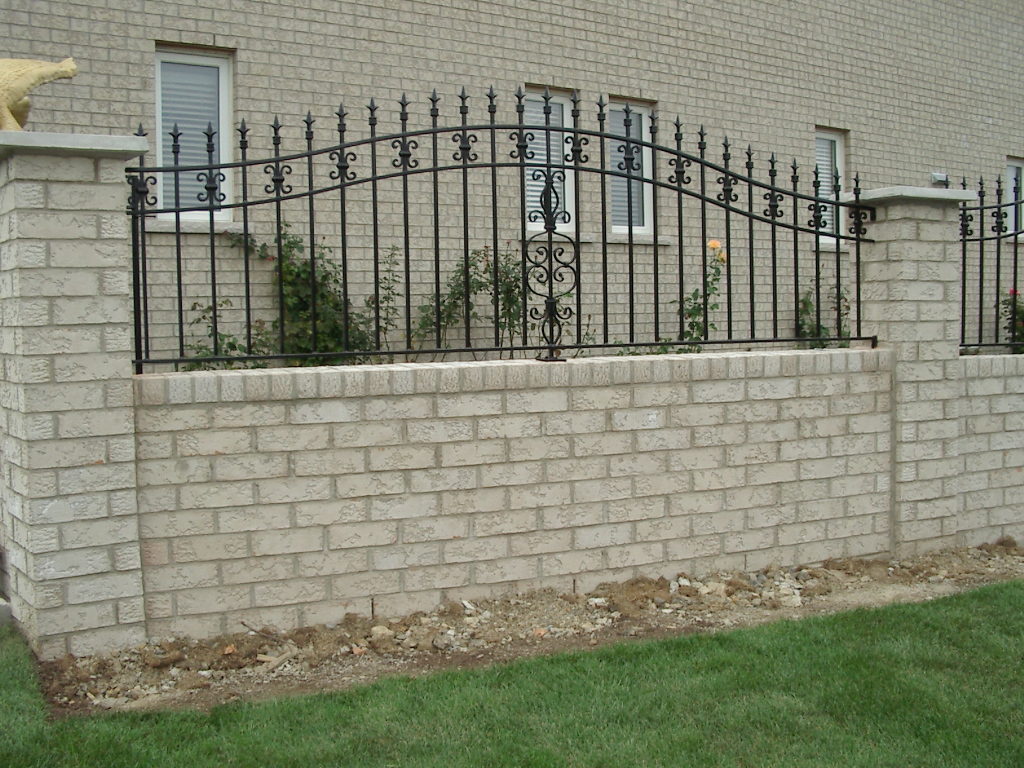 Image of: Iron Fencing for Home
