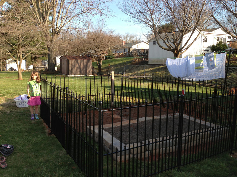 Image of: No Dig Fence Idea