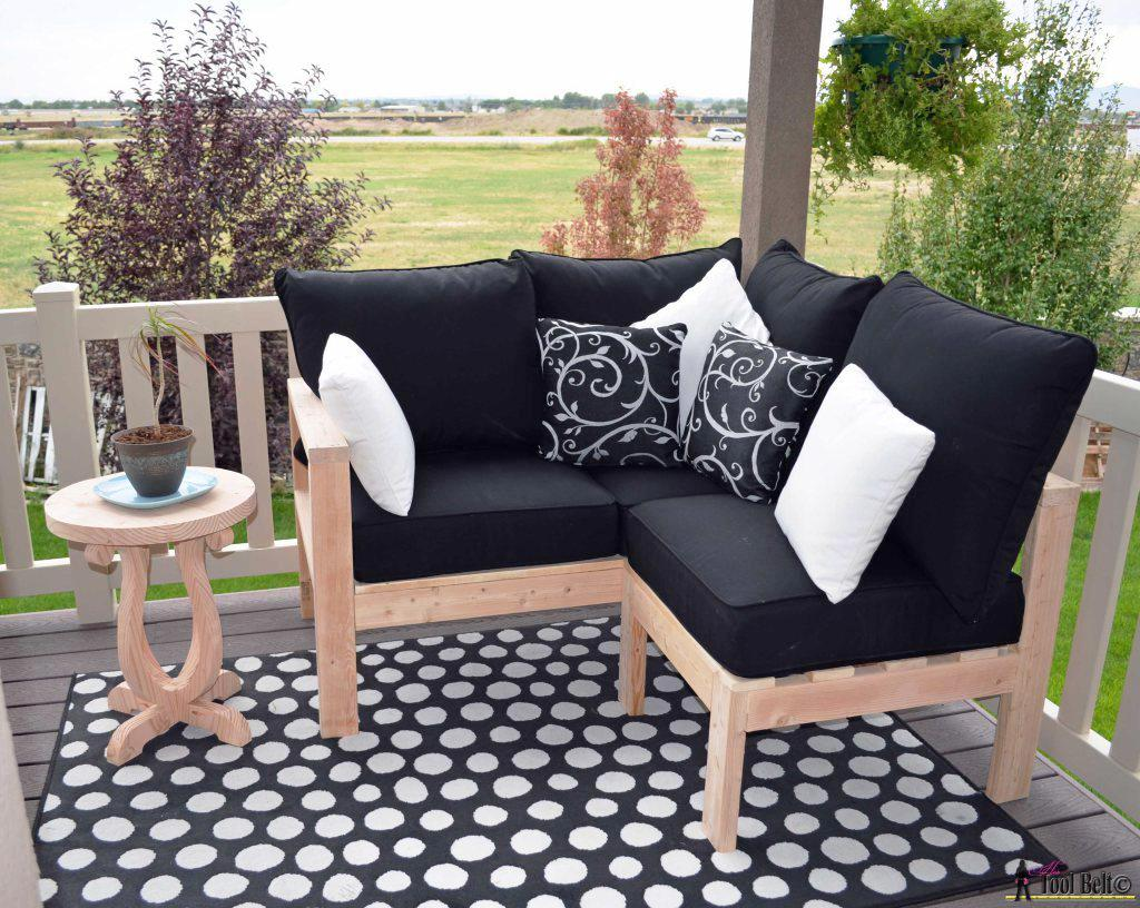 Image of: Outdoor Seating On Sale