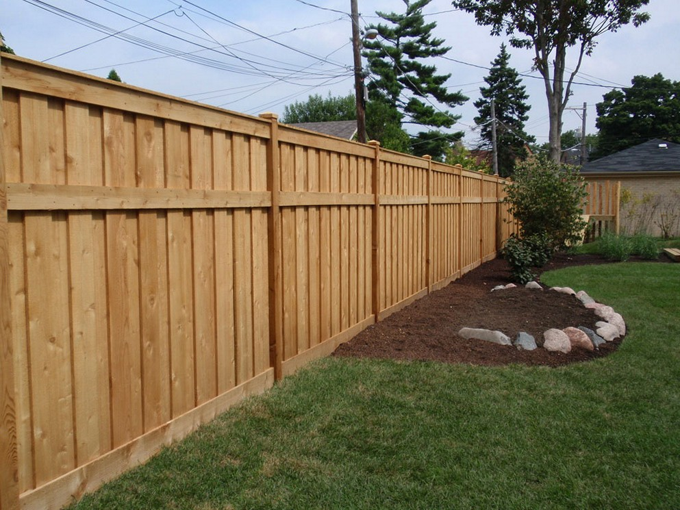 Image of: Popular Pallet Fence