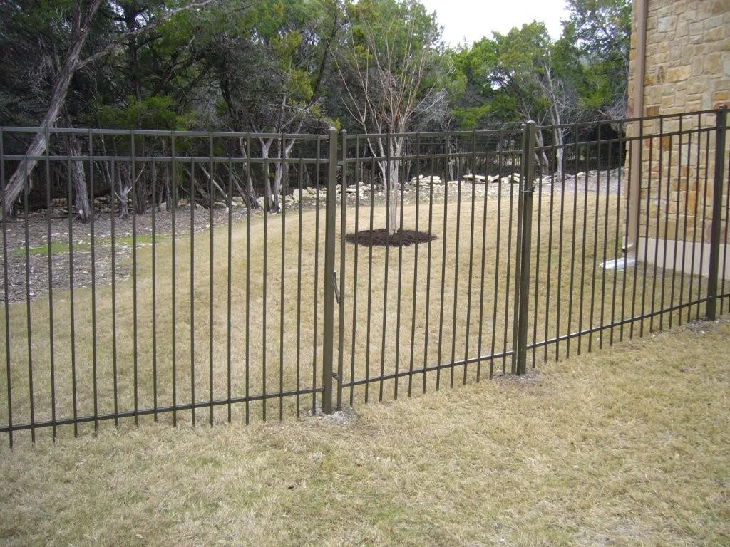 Image of: Wrought Iron Fencing Antique