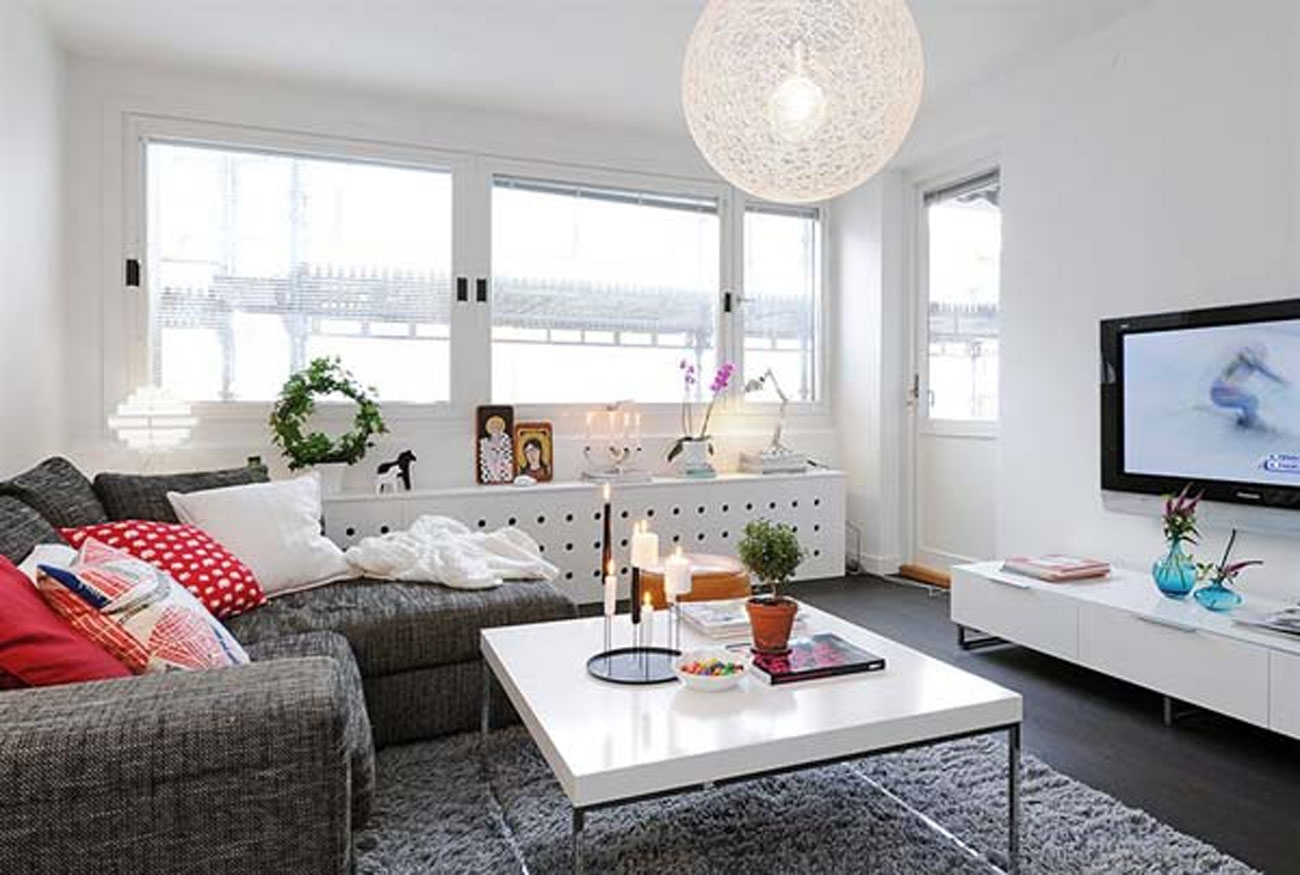 Image of: Small Apartment Coffee Table