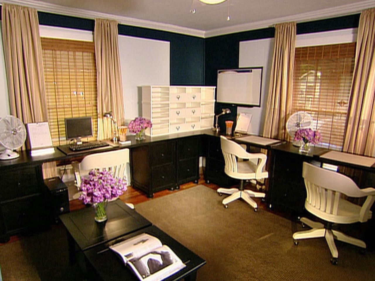 Image of: Work Office Decorating Ideas Pictures