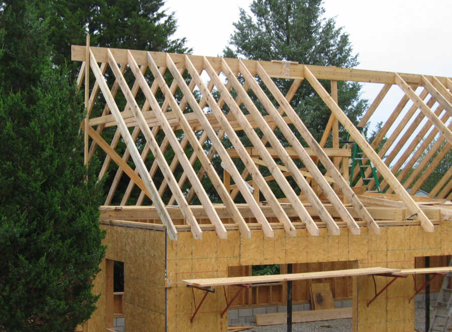 Image of: Best Building Roof Trusses