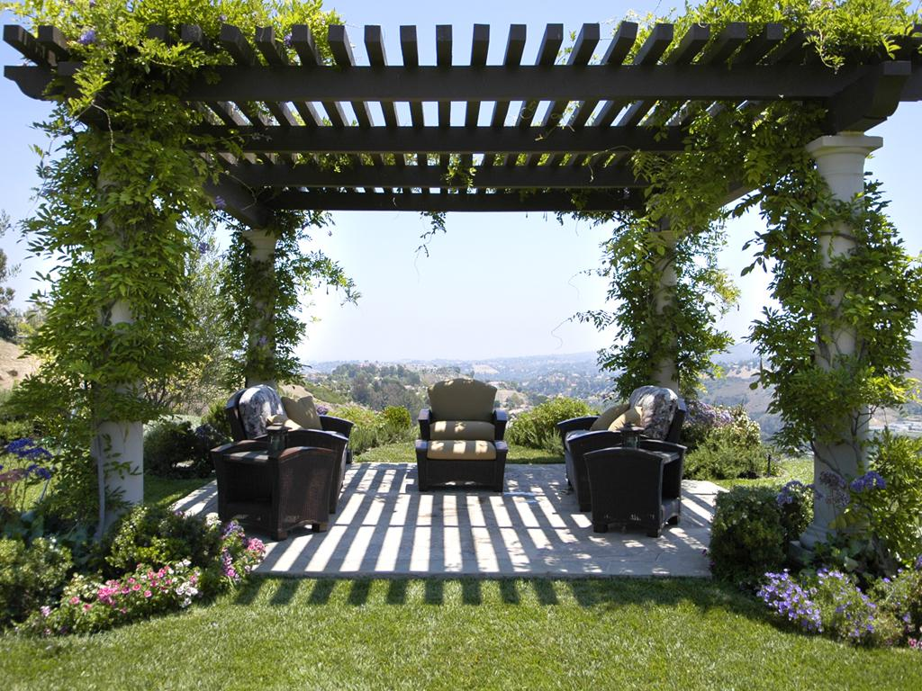 Image of: Attractive Garden Pergola Design Ideas