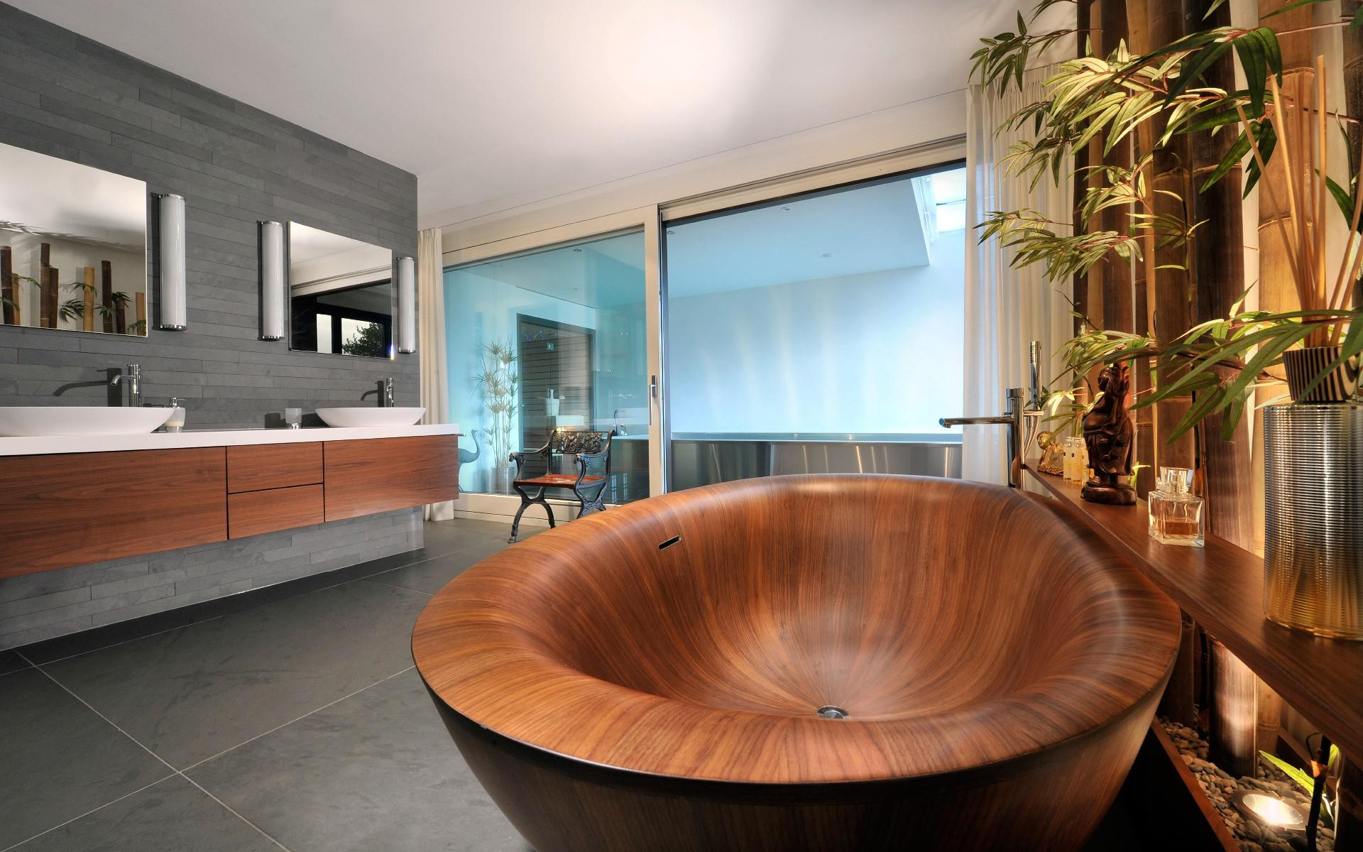 Image of: Attractive Wooden Bathtub Ideas