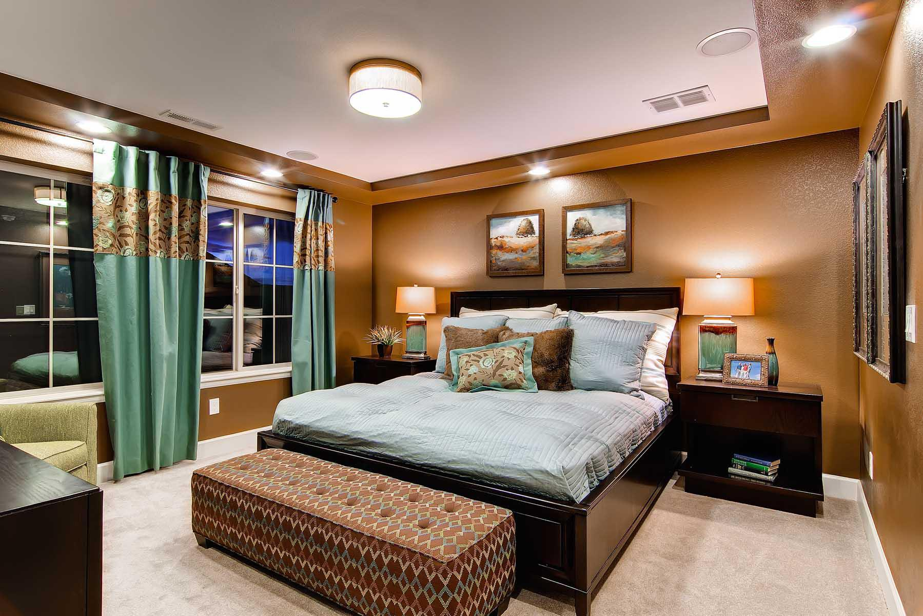 Image of: Awesome Turquoise And Brown Bedroom Ideas