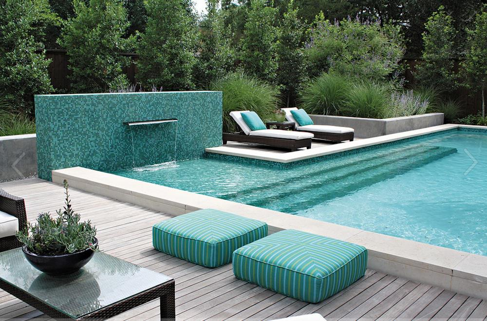 Image of: Beautiful House Designs With Swimming Pool