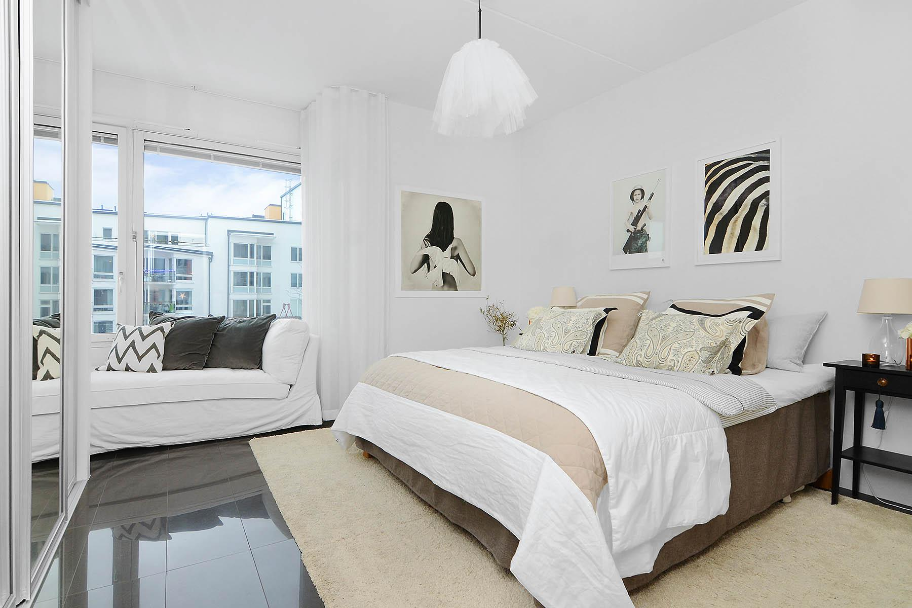 Image of: Bedroom Design Ideas White Bed
