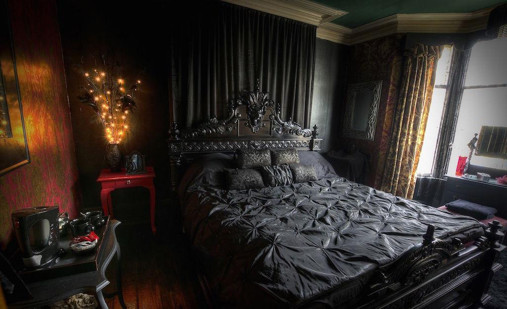 Image of: Bedroom Gothic Home Design