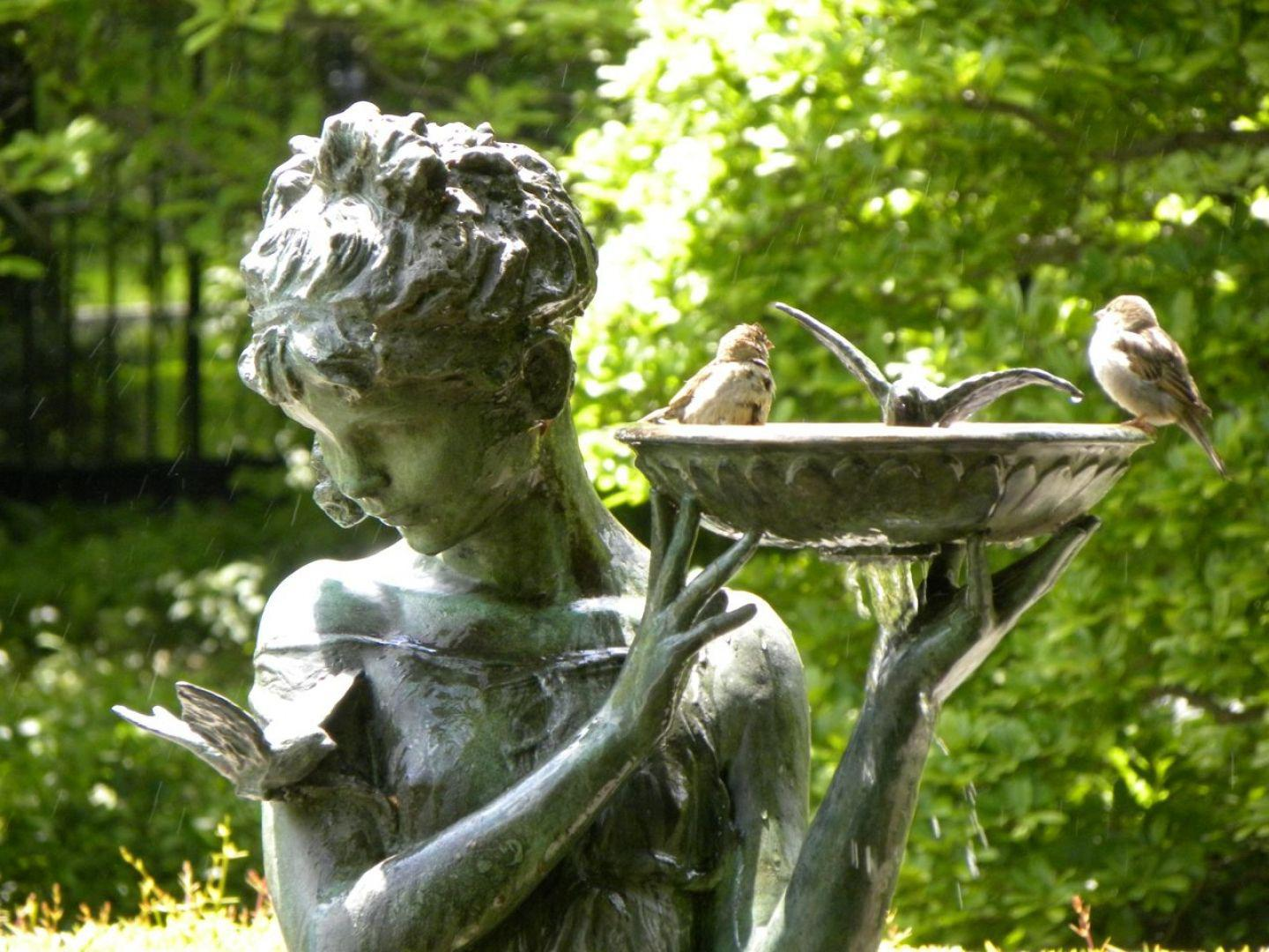 Image of: Best Cool Garden Statues