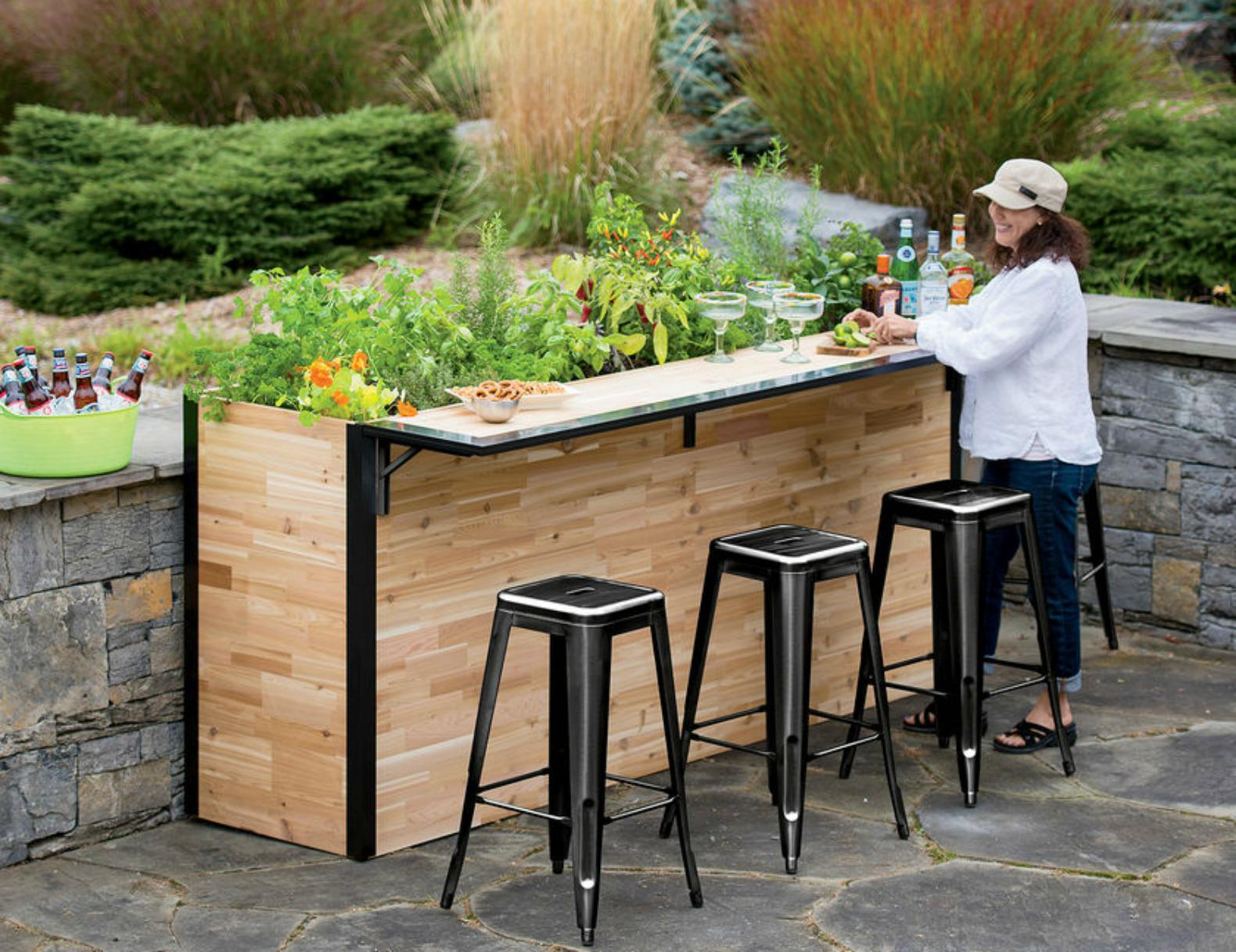 Image of: Best Homemade Bars Designs For Outdoor