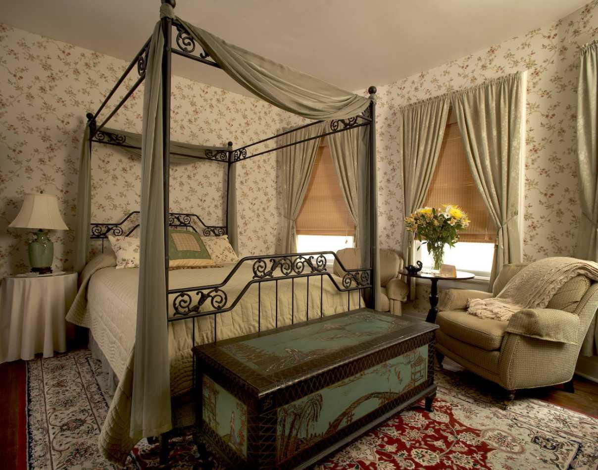 Image of: Best Victorian Inspired Bedroom