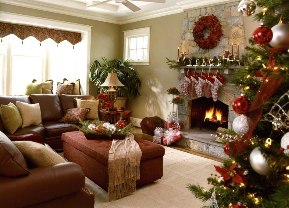 Image of: Christmas Fireplace Mantel Decorations