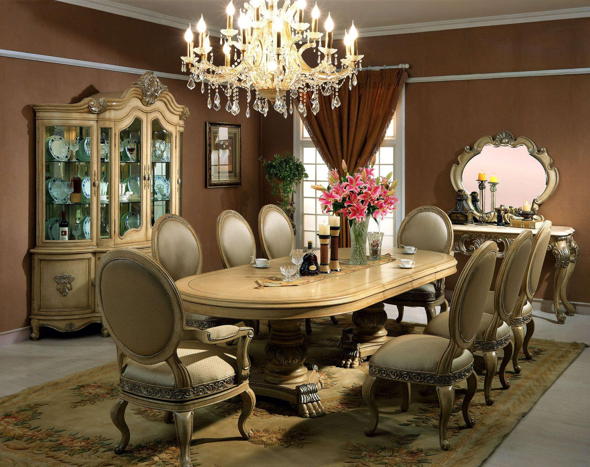 Image of: Classic Dining Room Chair Styles