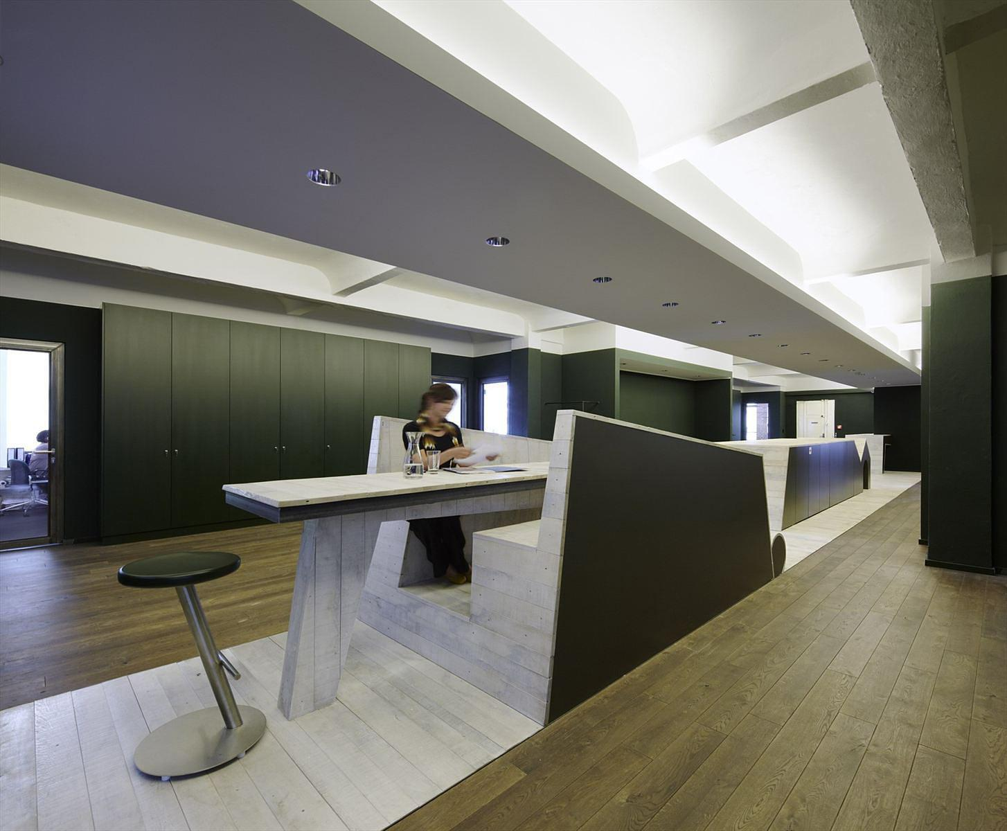 Image of: Contemporary Offices Interior Design