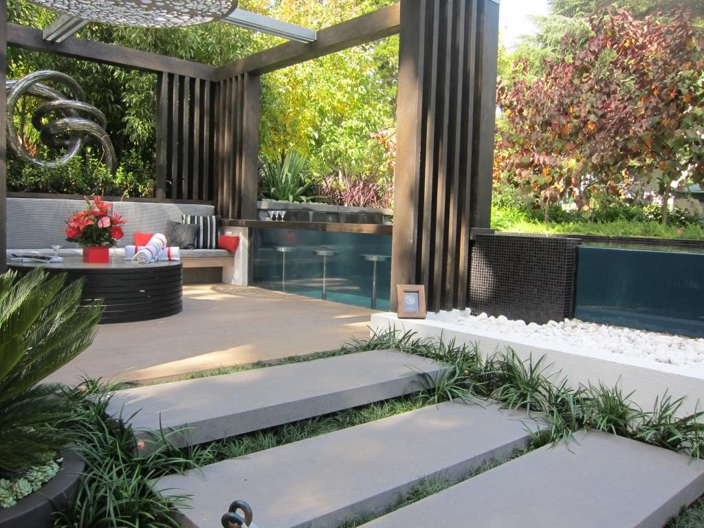 Image of: Courtyard Garden Design Ideas Pictures