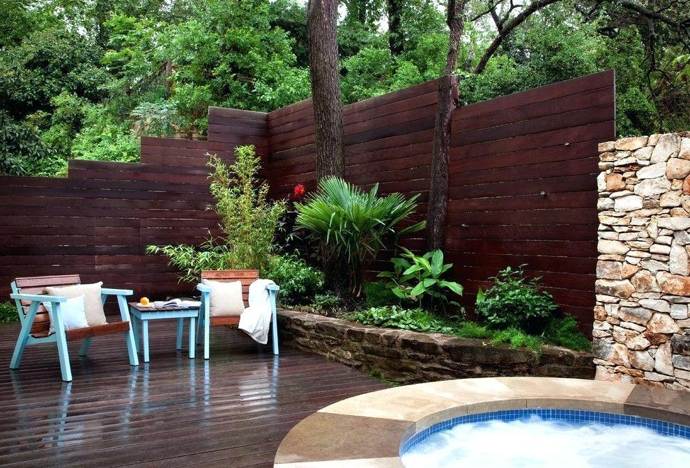 Image of: Deck Wall Decor Ideas