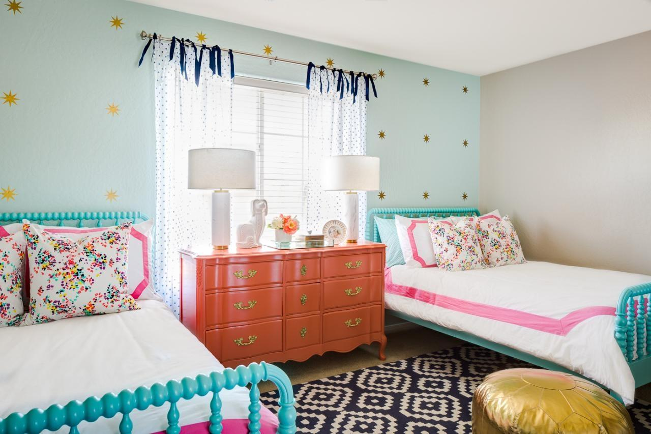 Image of: Decorate Twin Girls Room Tips