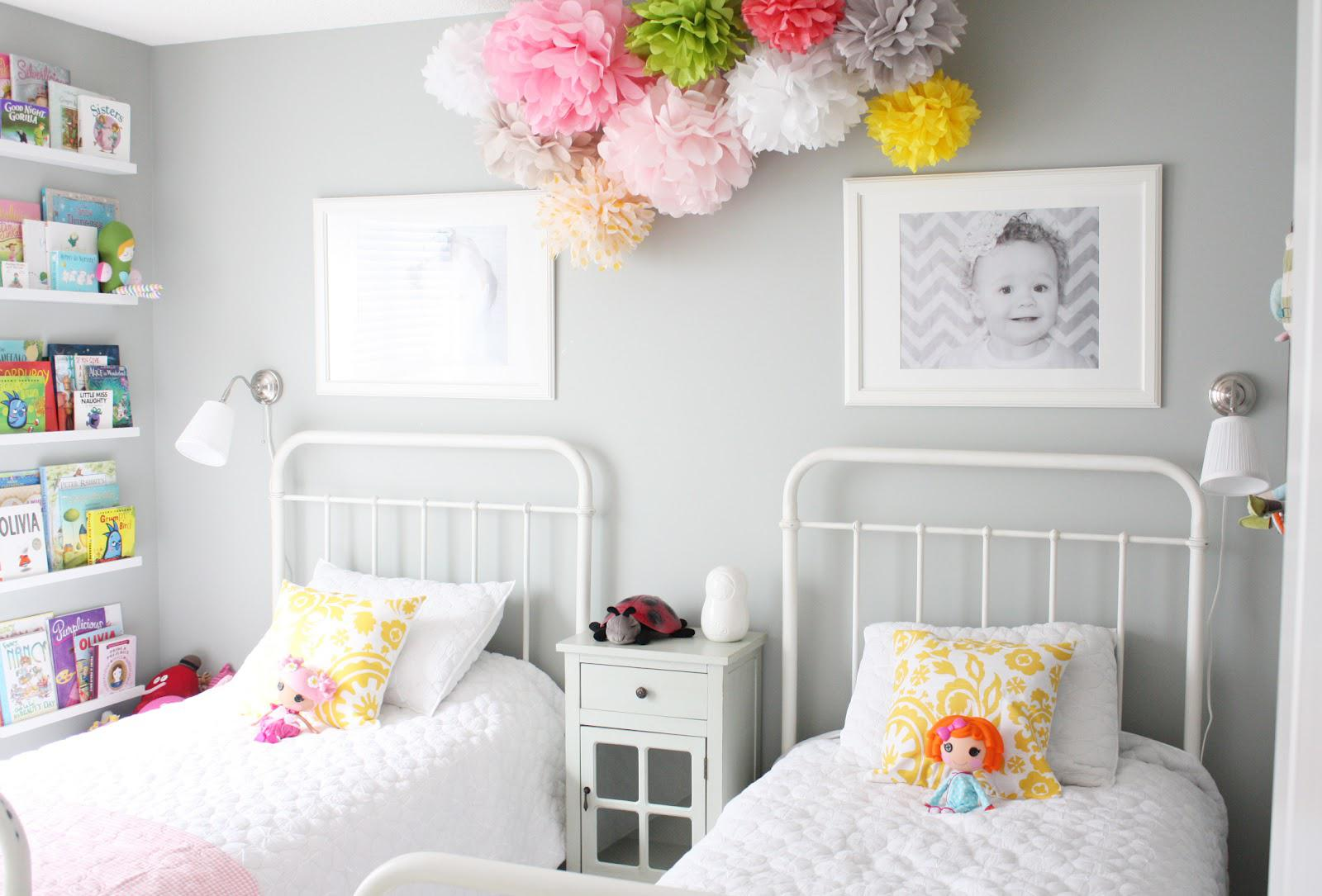 Image of: Decorate Twin Girls Room