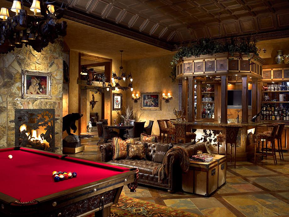 Image of: Elegant Billiard Room