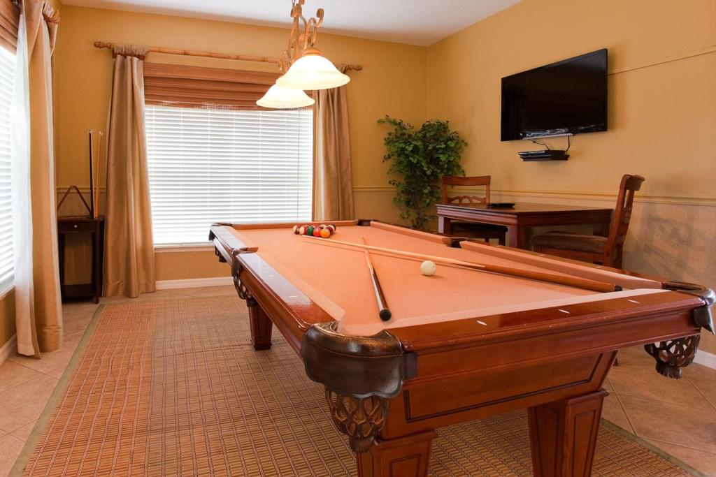 Image of: Elegant Billiard Rooms Decor