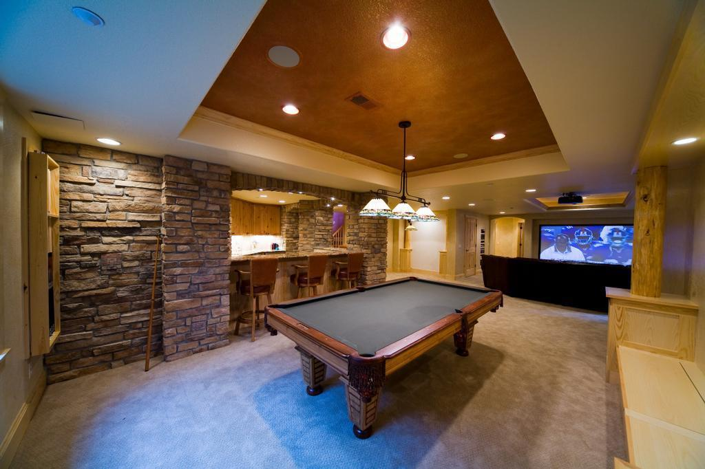 Image of: Elegant Billiard Rooms Design