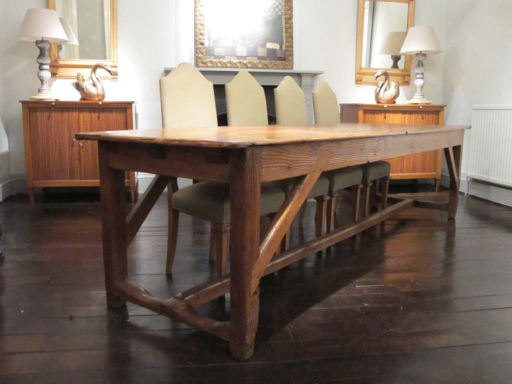Image of: French Farmhouse Coffee Table
