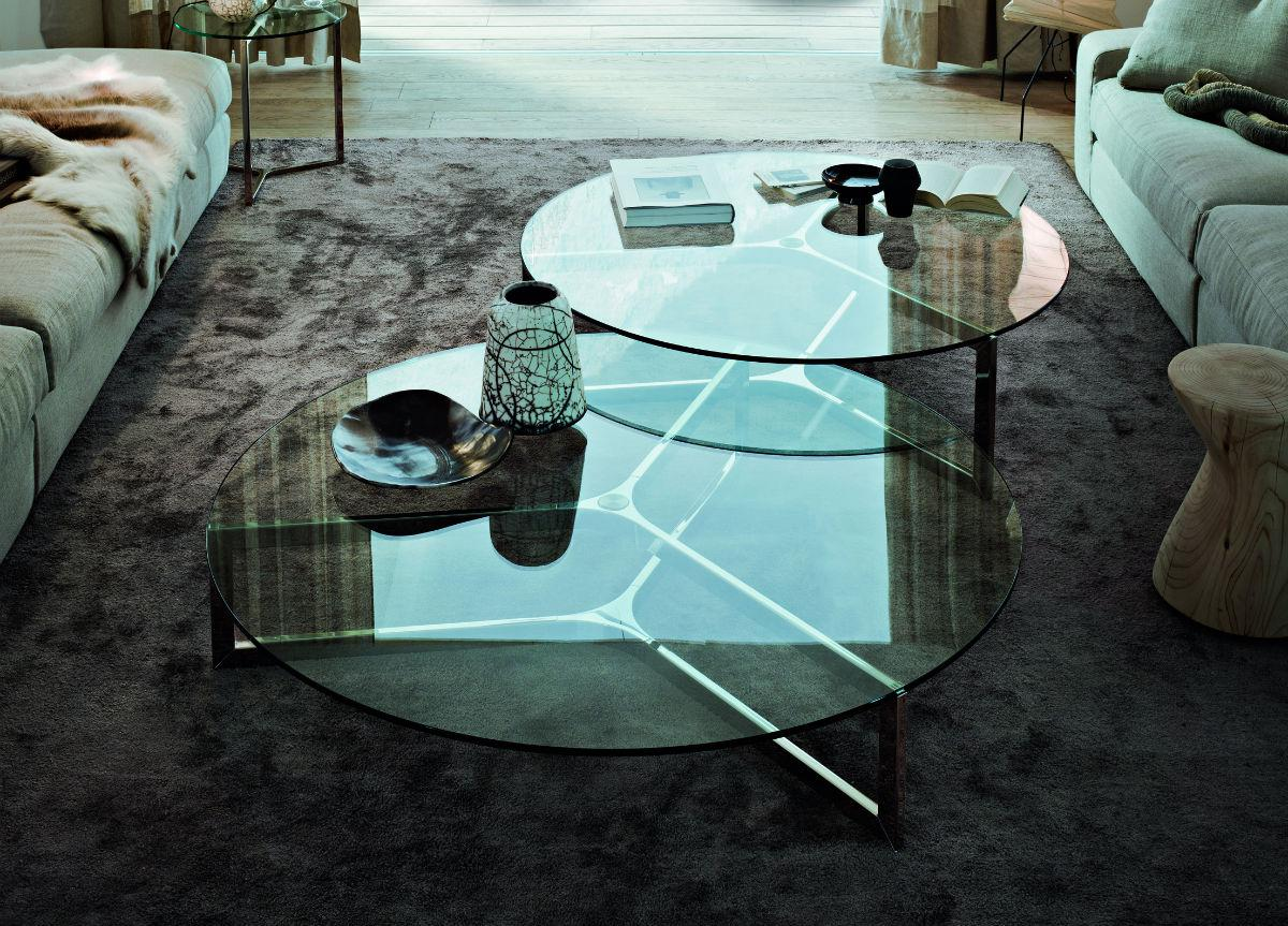 Image of: Glass Coffee Table Decor
